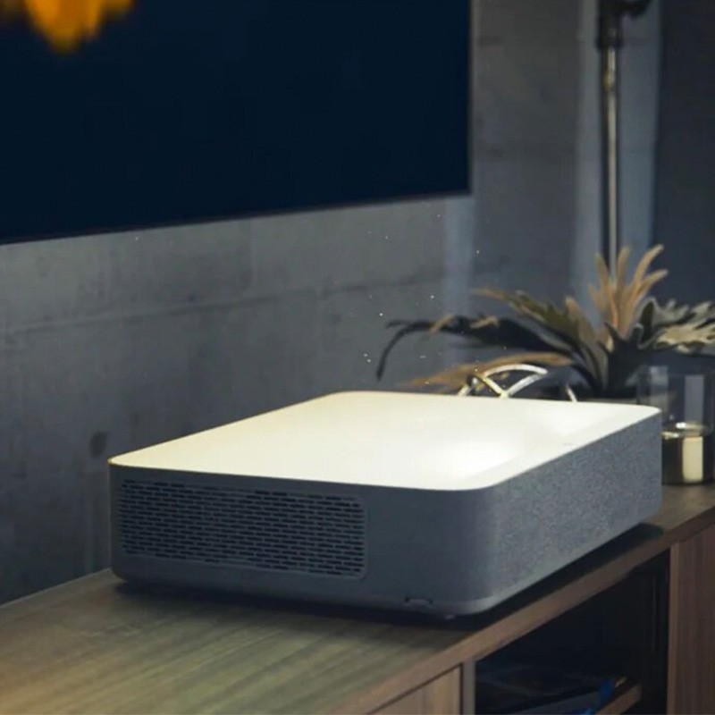 Best short throw laser projector 4k 2019